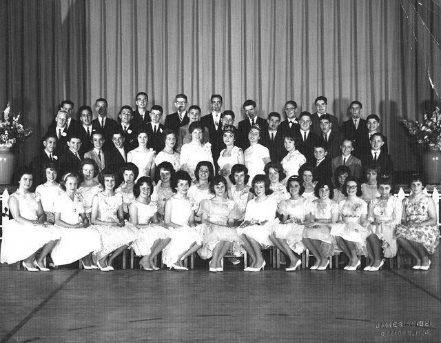 Graduation 1962 yorkship school